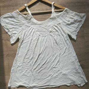 ••5-for-$25••PAPER TEE BoHo Crochet COLD Shoulder